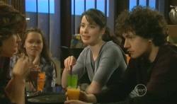 Sophie Ramsay, Kate Ramsay, Harry Ramsay in Neighbours Episode 5785