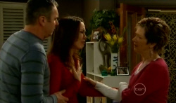 Karl Kennedy, Libby Kennedy, Susan Kennedy in Neighbours Episode 5794