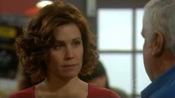 Rebecca Napier, Lou Carpenter in Neighbours Episode 5795