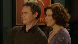 Paul Robinson, Rebecca Napier in Neighbours Episode 5798