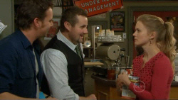 Lucas Fitzgerald, Toadie Rebecchi, Elle Robinson in Neighbours Episode 5798
