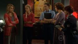 Donna Freedman, Elle Robinson, Rebecca Napier in Neighbours Episode 5798