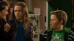 Susan Kennedy, Sophie Ramsay, Callum Jones in Neighbours Episode 5800