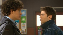Harry Ramsay, Declan Napier in Neighbours Episode 5800