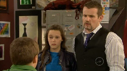 Callum Jones, Sophie Ramsay, Toadie Rebecchi in Neighbours Episode 5800