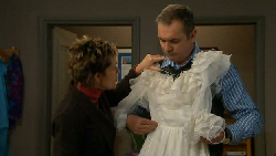 Susan Kennedy, Karl Kennedy in Neighbours Episode 5802