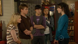 Donna Freedman, Ringo Brown, Zeke Kinski, Sunny Lee, Kate Ramsay in Neighbours Episode 5802