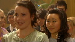Kate Ramsay, Sunny Lee in Neighbours Episode 5803