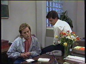 Scott Robinson, Paul Robinson in Neighbours Episode 0376
