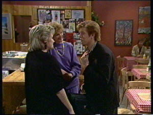 Daphne Clarke, Madge Bishop, Clive Gibbons in Neighbours Episode 0376
