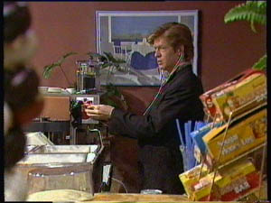 Clive Gibbons in Neighbours Episode 0376