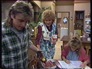 Shane Ramsay, Madge Bishop, Charlene Mitchell in Neighbours Episode 0377
