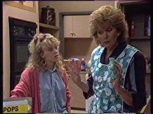 Madge Bishop, Charlene Mitchell in Neighbours Episode 0377