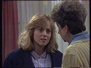 Jane Harris, Nell Mangel in Neighbours Episode 0381