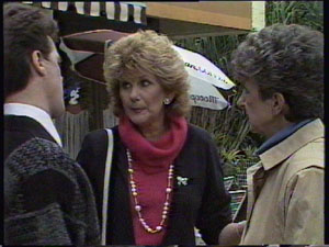 Madge Bishop, Nell Mangel, Paul Robinson in Neighbours Episode 0381