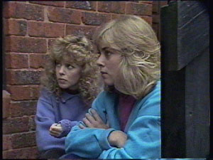 Charlene Mitchell, Jane Harris in Neighbours Episode 0381