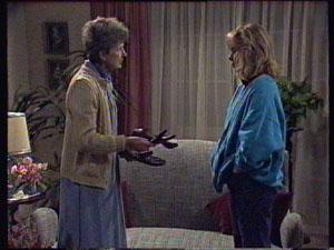 Nell Mangel, Jane Harris in Neighbours Episode 0382