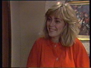 Jane Harris in Neighbours Episode 0382