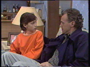 Lucy Robinson, Jim Robinson in Neighbours Episode 0383
