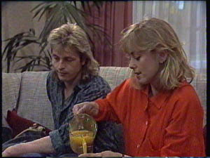 Shane Ramsay, Jane Harris in Neighbours Episode 0384