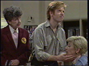 Nell Mangel, Clive Gibbons, Eileen Clarke in Neighbours Episode 0384