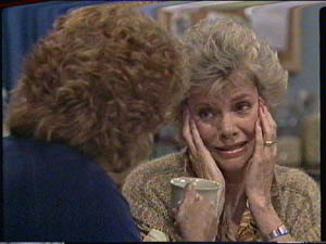 Madge Bishop, Helen Daniels in Neighbours Episode 0385