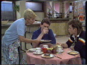 Eileen Clarke, Des Clarke, Mike Young in Neighbours Episode 0386