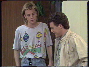 Scott Robinson, Paul Robinson in Neighbours Episode 0386