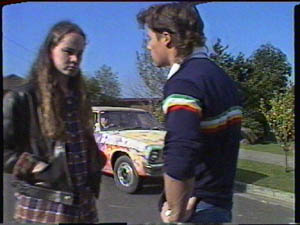 Kelly Morgan, Mike Young in Neighbours Episode 0386