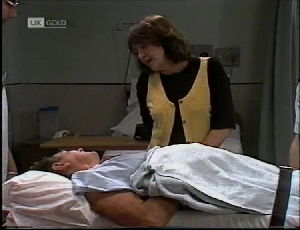 Doug Willis, Pam Willis in Neighbours Episode 2183
