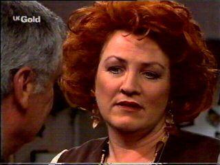 Cheryl Stark, Lou Carpenter in Neighbours Episode 2340