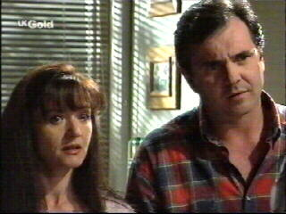 Susan Kennedy, Karl Kennedy in Neighbours Episode 2595
