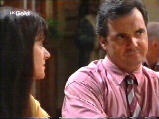Susan Kennedy, Karl Kennedy in Neighbours Episode 2610