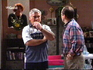 Cheryl Stark, Lou Carpenter, Philip Martin in Neighbours Episode 2613
