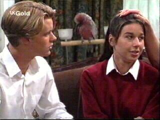 Melissa Drenth, Dahl, Billy Kennedy in Neighbours Episode 2613