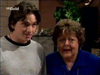 Darren Stark, Marlene Kratz in Neighbours Episode 2952
