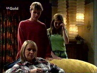 Ruth Wilkinson, Billy Kennedy, Anne Wilkinson in Neighbours Episode 2952