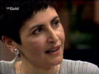 Carol Maitland in Neighbours Episode 2952