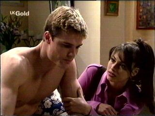 Matt Compton, Sarah Beaumont in Neighbours Episode 2953