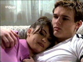 Sarah Beaumont, Matt Compton in Neighbours Episode 2953