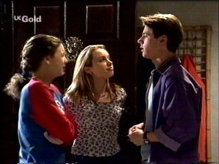 Hannah Martin, Claire Girard, Lance Wilkinson in Neighbours Episode 2954