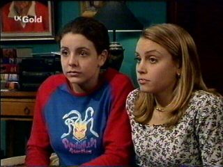 Hannah Martin, Claire Girard in Neighbours Episode 2954