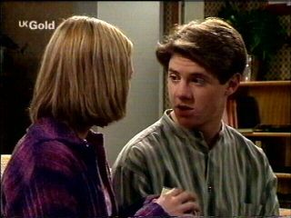Amy Greenwood, Lance Wilkinson in Neighbours Episode 2954