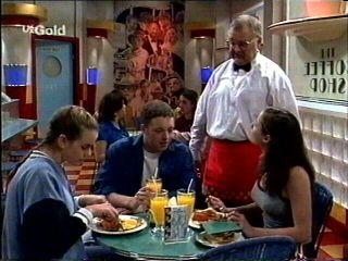 Mandi Rodgers, Ben Atkins, Harold Bishop, Caitlin Atkins in Neighbours Episode 2959