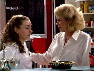 Debbie Martin, Madge Bishop in Neighbours Episode 2959