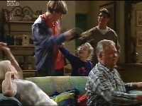 Madge Bishop, Tad Reeves, Louise Carpenter (Lolly), Paul McClain, Harold Bishop in Neighbours Episode 3436