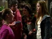 Michelle Scully, Joe Scully, Lyn Scully, Felicity Scully in Neighbours Episode 3466