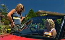 Steph Scully, Tess Bell in Neighbours Episode 3548