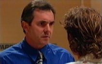 Karl Kennedy, Maurie Ryan in Neighbours Episode 3550