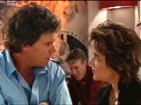 Joe Scully, Lyn Scully in Neighbours Episode 3569